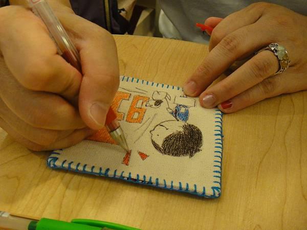 》學生鋼珠筆畫杯墊(8)