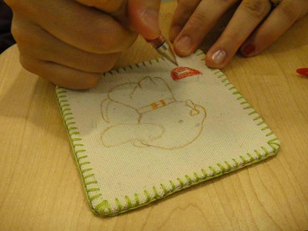 》學生鋼珠筆畫杯墊(1)