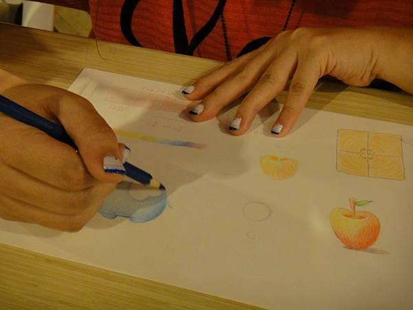 》學生色鉛光影上色練習(5)
