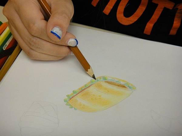 》學生色鉛光影上色練習(16)