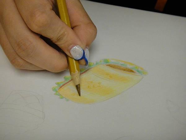 》學生色鉛光影上色練習(15)