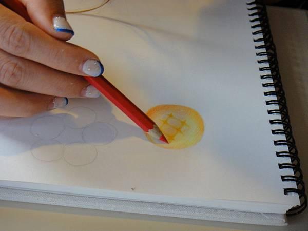 》學生色鉛光影上色練習(8)