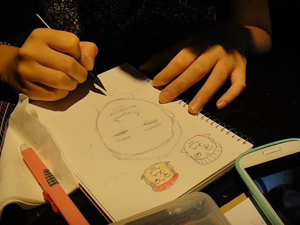 》學生人像畫練習(2)