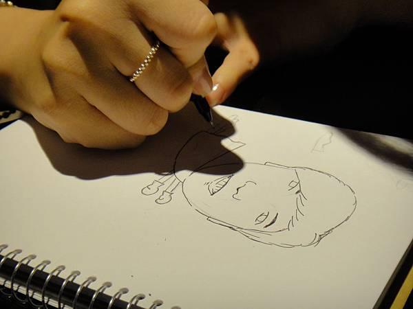 》學生人像(大頭小身體)畫法練習(3)