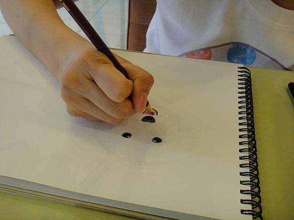 》學生色鉛畫寵物_練習(6)