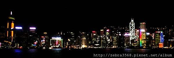 維多利亞港的夜景