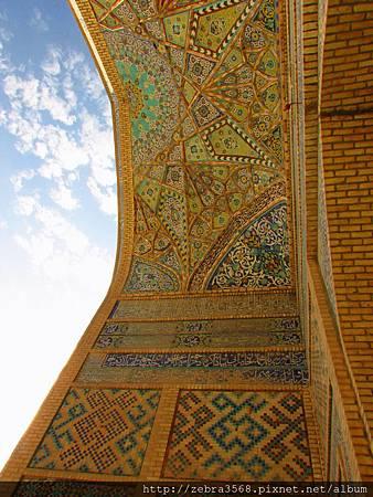 Masjid-e Jama拱門