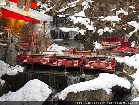 達爾坂的瀑布餐館