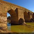 阿可卡拉的蛋橋