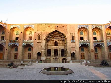Ganjali Khan Mosque