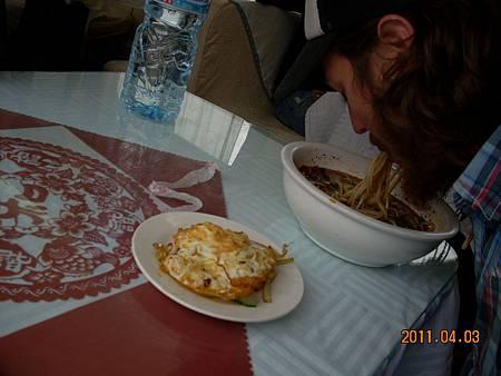 Felix with breakfast