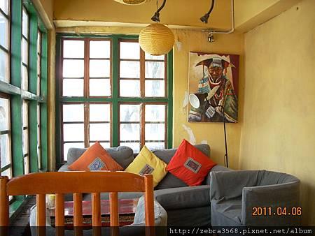 崗拉梅朵餐館內景