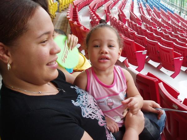 剛雷妻與剛雷的女兒