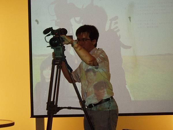 應該是天下的攝影人員?