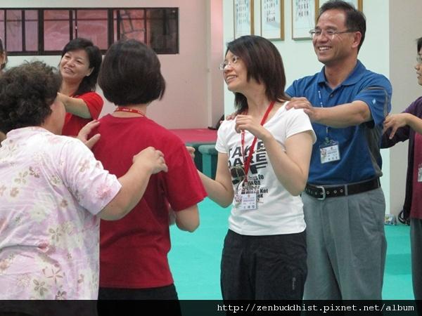 2012暑期教師生命智慧禪定營_不熟嗎?先來個破冰活動吧!