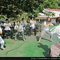 2012暑期教師生命智慧禪定營_大家在練習童子拜觀音
