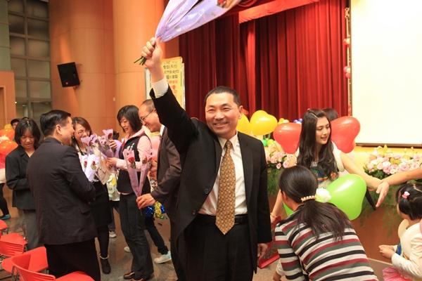現場學員熱烈的歡迎侯副市長