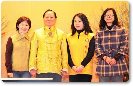 恭喜今年得到師父提供超級大獎的三位師姐