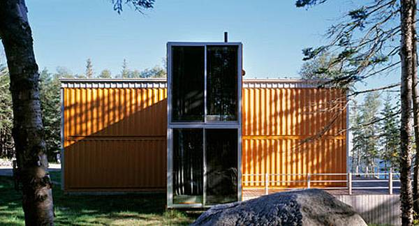 12 container house 02.jpg