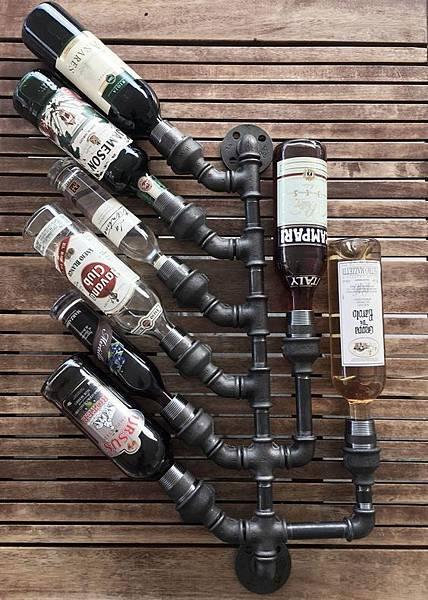 wineholder01.jpg