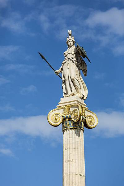 Athena-statue-in-the-Academy-of-Athens