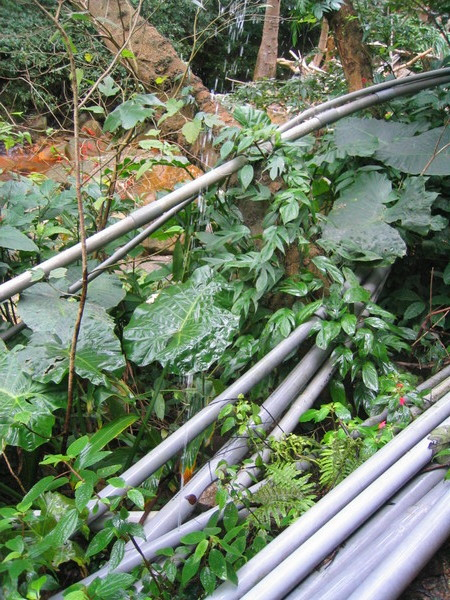 水管噴水柱