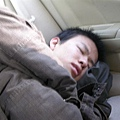 車上睡死XD