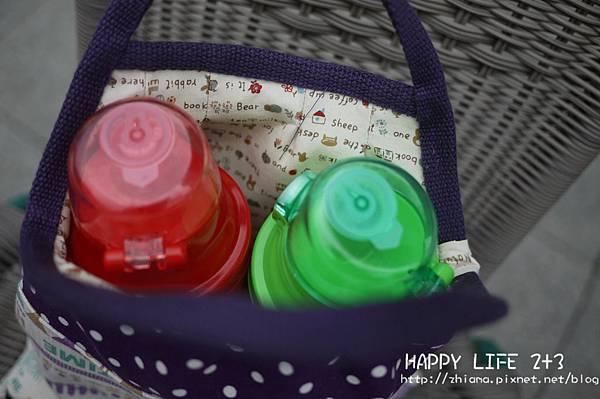 NO48可愛紫娃娃親子散步包水壺款