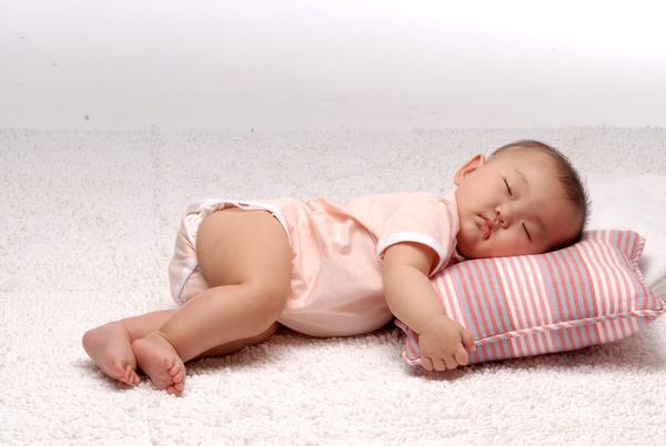 這個枕頭好好睡喔~