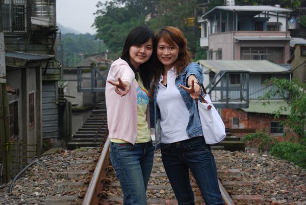 火車鐵軌拍拍拍