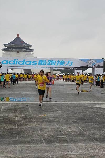 adidas 2011酷跑接力  don1don 動一動 (23).jpg