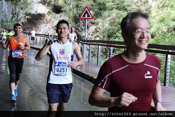 台灣最美的賽道-2011太魯閣峽谷馬拉松(下) (22).jpg