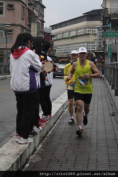 『2012第四屆雙溪櫻花馬拉松,朦朧的櫻花好硬的山路!』 (2)
