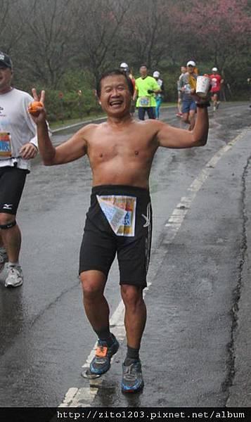 『2012第四屆雙溪櫻花馬拉松,朦朧的櫻花好硬的山路!』 (11)