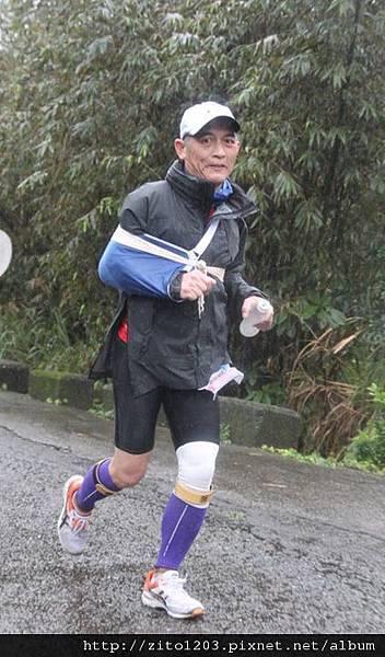 『2012第四屆雙溪櫻花馬拉松,朦朧的櫻花好硬的山路!』 (13)