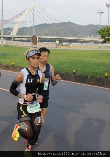 2011富邦台北馬拉松,12萬大軍來勢洶洶! (9)