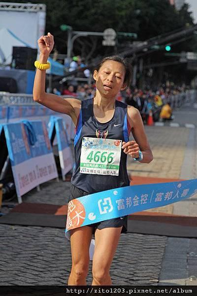 2011富邦台北馬拉松,12萬大軍來勢洶洶! (26)