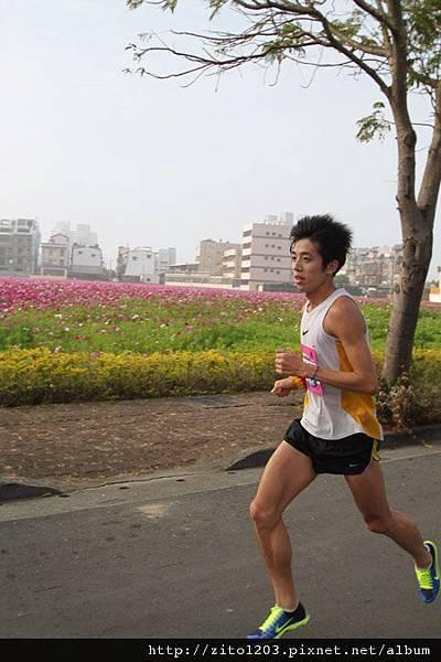 高雄國際馬拉松 ─ 港都地標一覽無遺! (14)