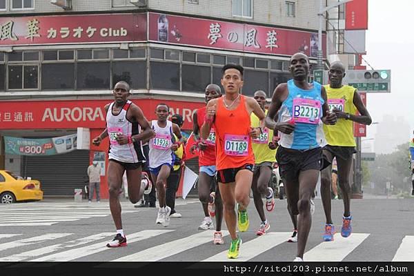 高雄國際馬拉松 ─ 港都地標一覽無遺! (28)