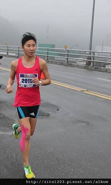 【主題賽事】-『2012 新北市萬金石國際馬拉松,向著細雨迷霧的海岸奔馳吧!』 (16)