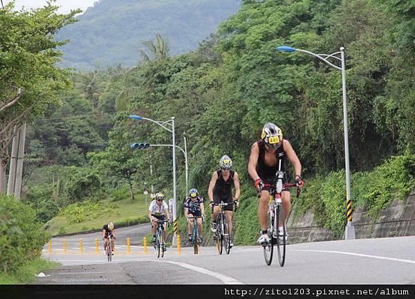 【主題賽事】-『2012台東活水湖國際鐵人三項賽,來挑戰全台最優質的賽場!』 (5)