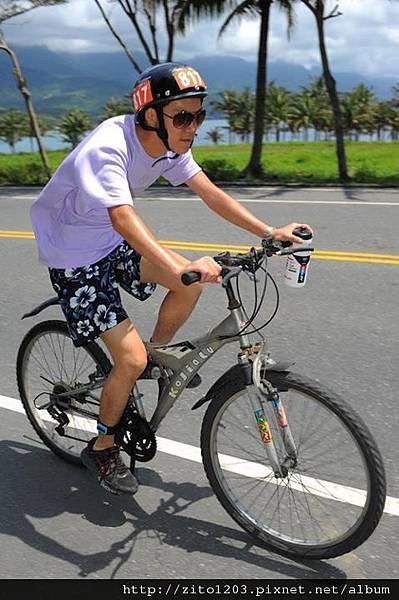 【主題賽事】-『2012台東活水湖國際鐵人三項賽,來挑戰全台最優質的賽場!』 (12)