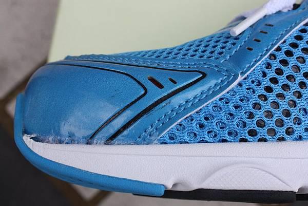 Diadora DA3AMR8756 鞋外觀