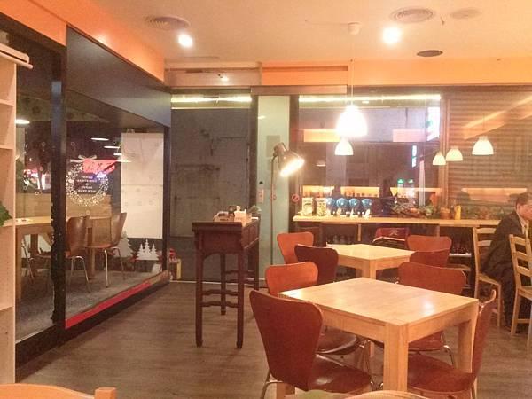 品嚐生活咖啡館
