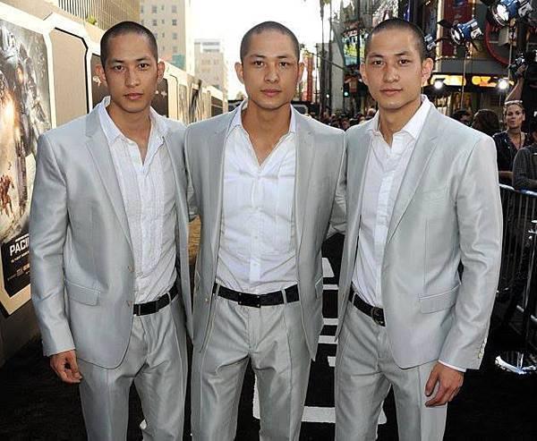 偉唐三胞胎