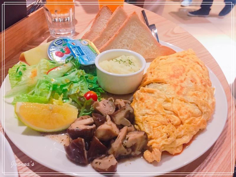 ✔︎cafe:開放式空間 x 美味全天早午餐鬆餅❤︎ moi cafe 京站店