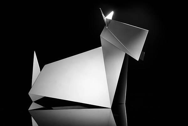 許廷瑞 蘇格蘭梗犬 不鏽鋼 35x18x26 cm 7│7版 2016.jpg