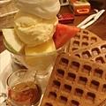 16噹吶~水果冰淇淋鬆餅($140).jpg