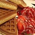 17草莓鬆餅($140).jpg