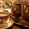 20拿鐵咖啡~一壺是牛奶一壺是咖啡,濃度自己調,很特別吧!!.jpg